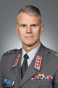 Stipendiaatti eversti Pasi Välimäki. Puolustusvoimat.